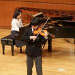 ヴァイオリン:可児 風我 (神奈川県・神奈川大学附属高等学校 2年)