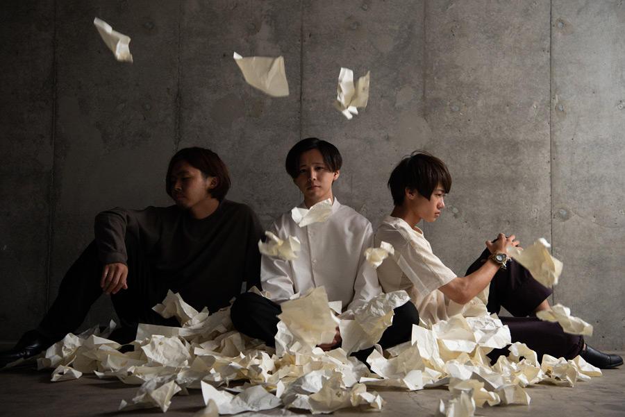 【卒業生の活躍】プロミュージシャン学科卒業生小室響さん(Dr.)が所属する3ピースロックバンドété(エテ)がアルバム『Burden』を12月5日にリリース!